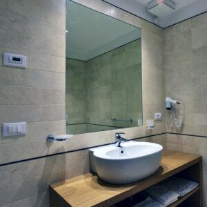 Tenuta Monterosso camera bagno